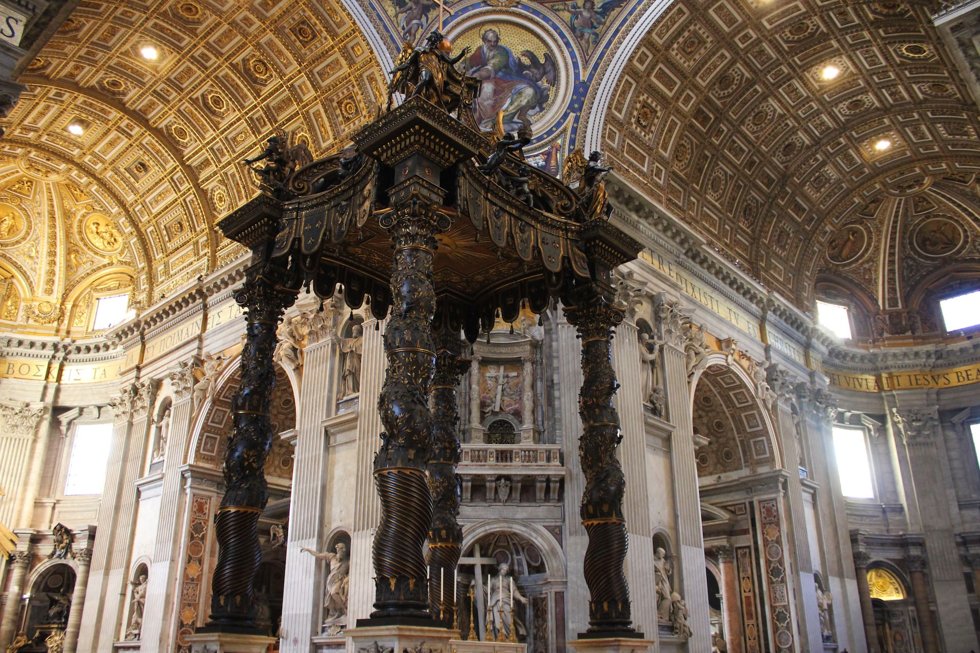 Tips on visiting the Vatican St Peters basilica