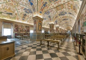 vatican library room